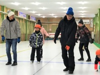 family-curling-7